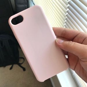 Accessories - light pink iphone 7/8 silicone case